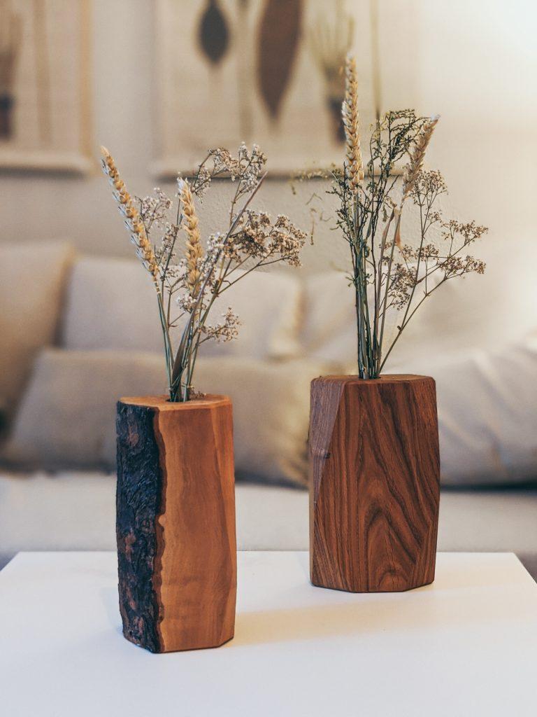 WoodHock Accessoires Vase Wiesenglück aus massivem Eichenholz
